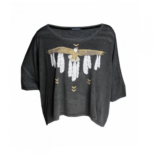 Camisa con estilo africana