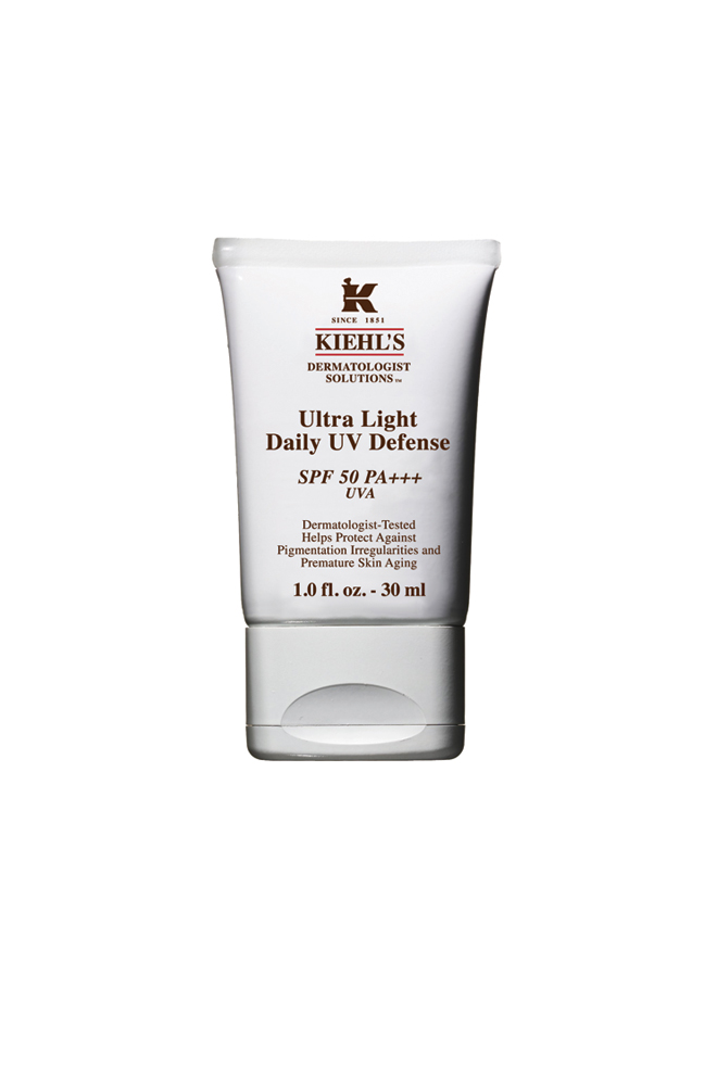 Ultra Light Daily UV Defense SPF50
