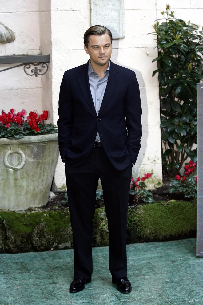 Leonardo DiCaprio con traje