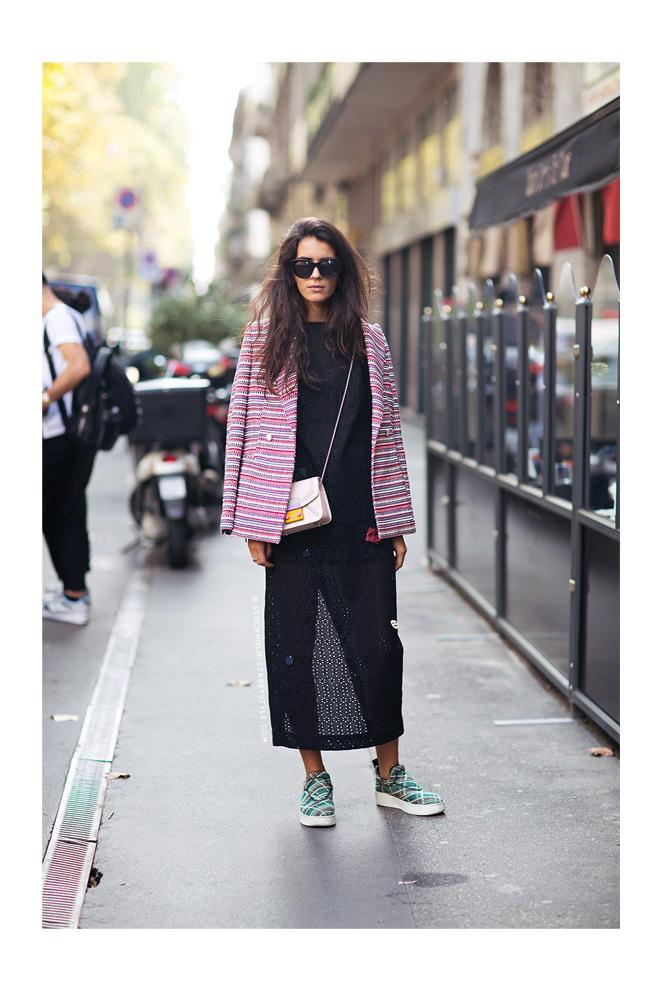 Blazer + Sneakers en tweed