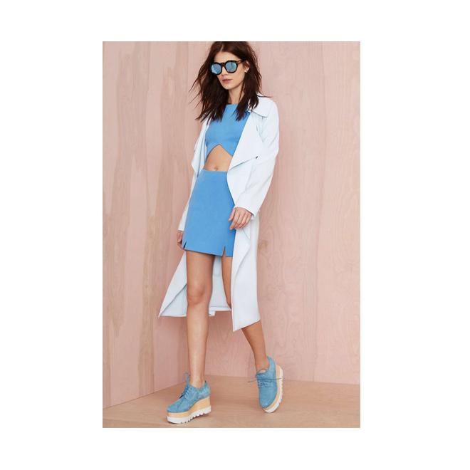 Crop top + minifalda azul