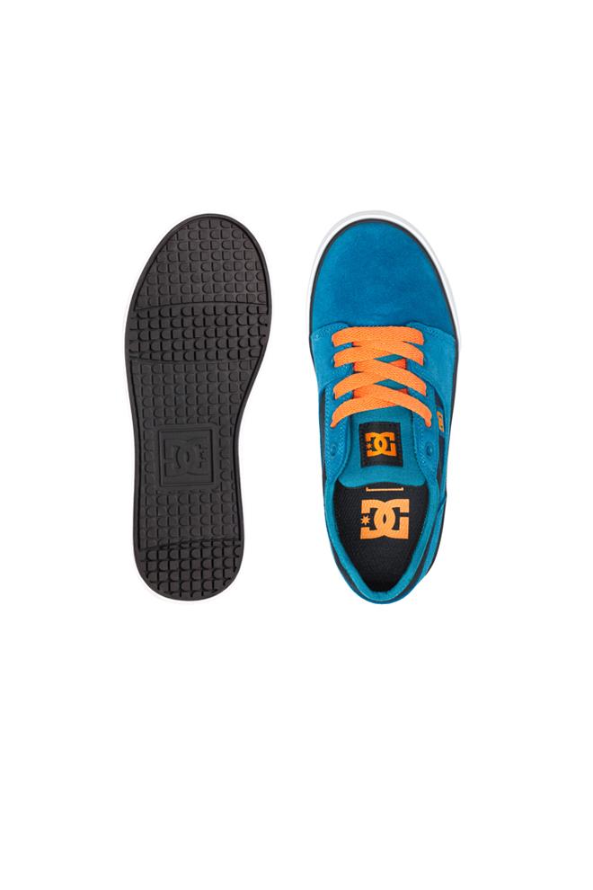 Zapatillas azules y naranjas