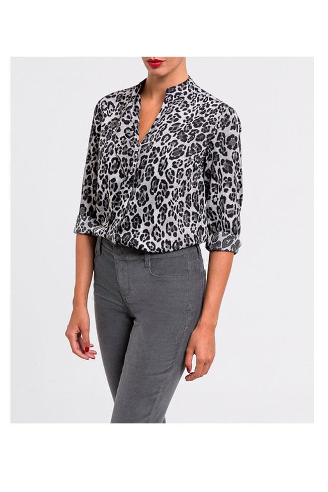 Camisa en animal print gris