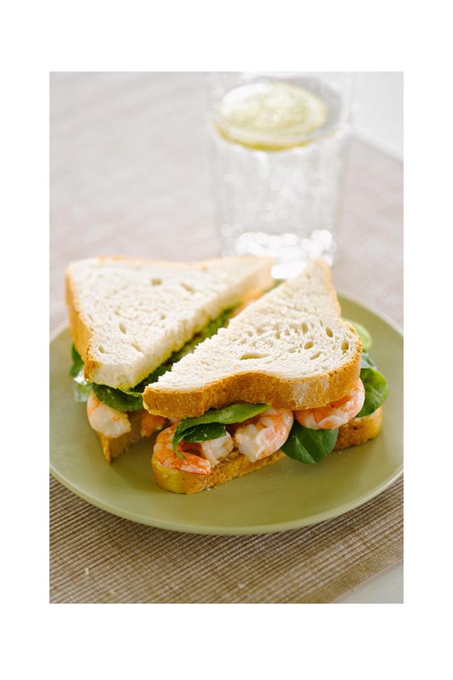 Sandwich de gambas y espinacas