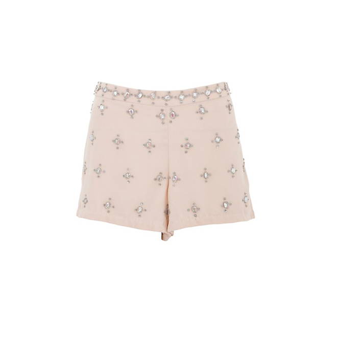Shorts con pedrería