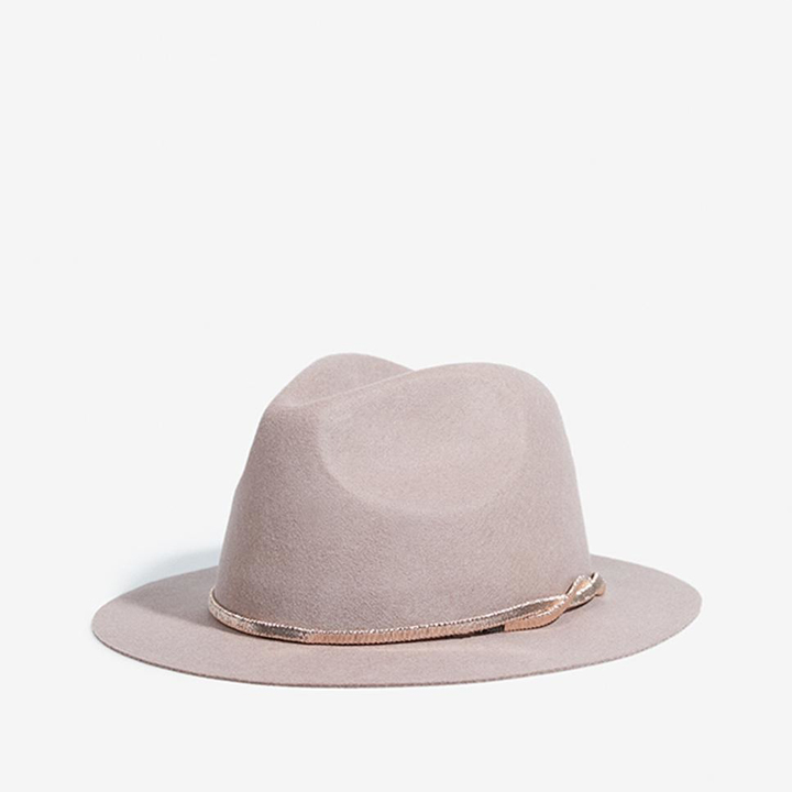 Sombrero de lana en rosa de Parfois: complementos para el pelo