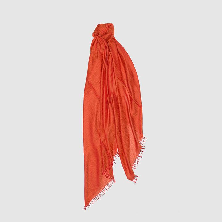 Fular de cashmere rojo con flecos de Begg & Co: piezas de cashmere