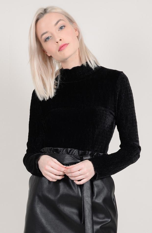 Jersey de cuello vuelto efecto terciopelo de Molly Bracken: prendas estilo María Fernández-Rubíes
