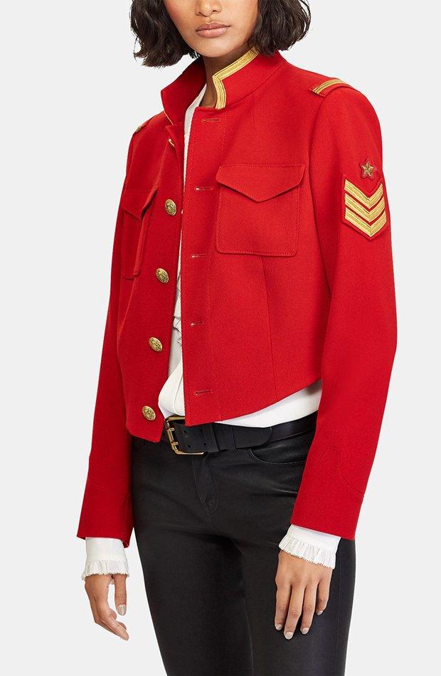 Chaqueta de estilo militar en color rojo de Polo Ralph Lauren: prendas colores ácidos