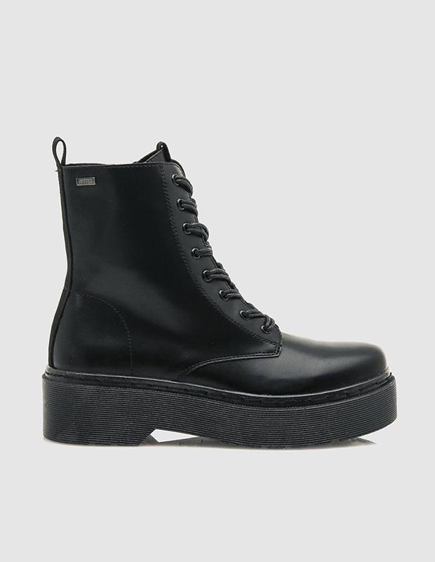 Botas negras de estilo militar