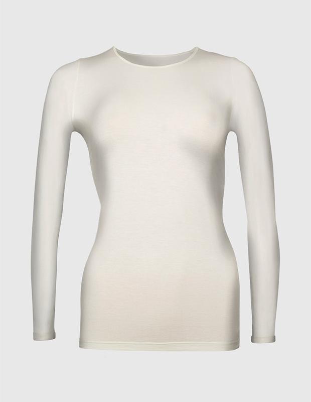 Camiseta interior blanca con manga larga