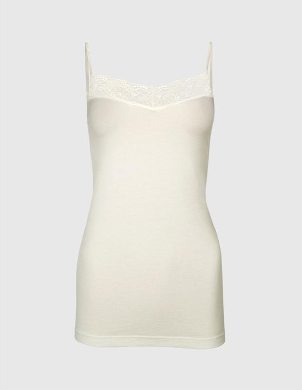 Camiseta interior blanca con escote en pico