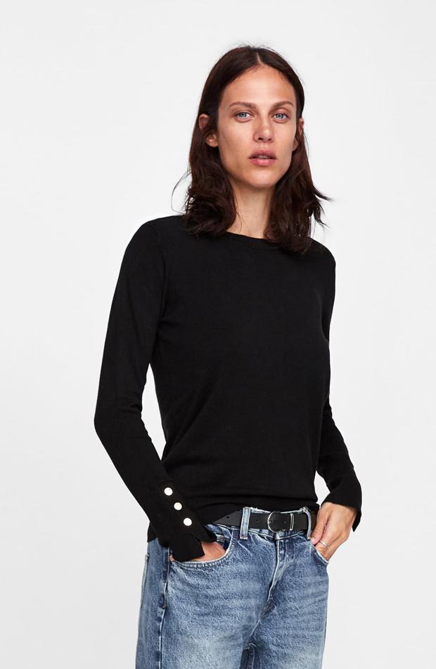 Jersey básico botones: piezas de Zara que Rocío Osorno tiene en su armario