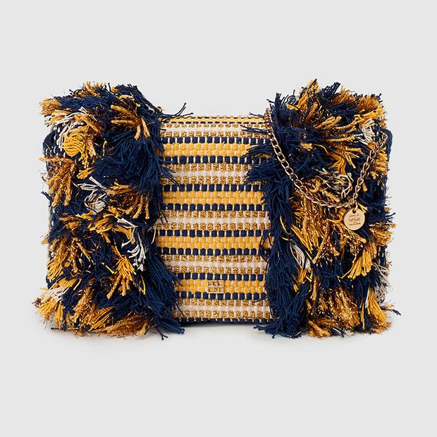 Mini bolso con detalles deshilachados de Gloria Ortiz