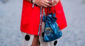 11 mini bolsos que podrás llevar con vaqueros y también con tus looks de fiesta