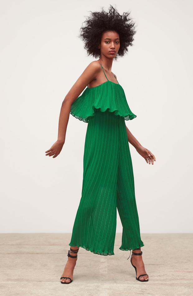 Mono plisado verde: piezas de Zara que Rocío Osorno tiene en su armario