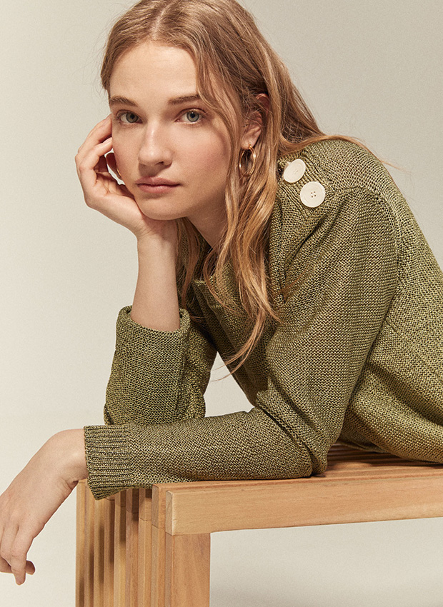 Outfits de entretiempo: Jersey fino verde de Cortefiel