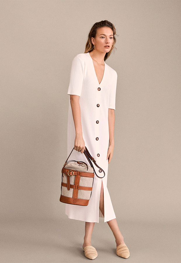 Vestido blanco de Massimo Dutti