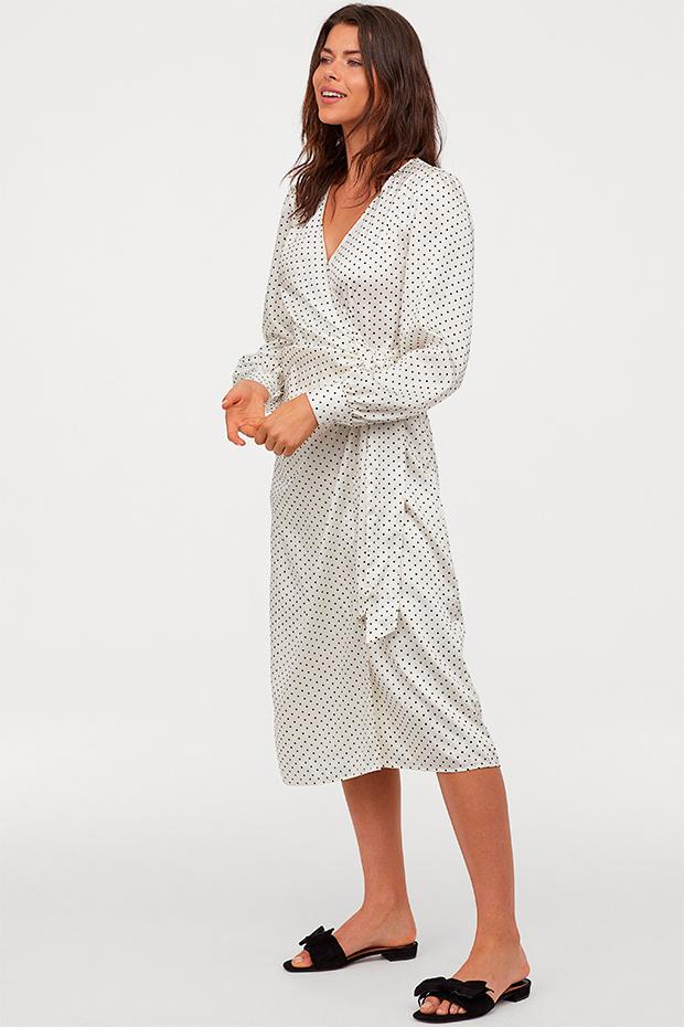 Vestido blanco de H&M con lunares