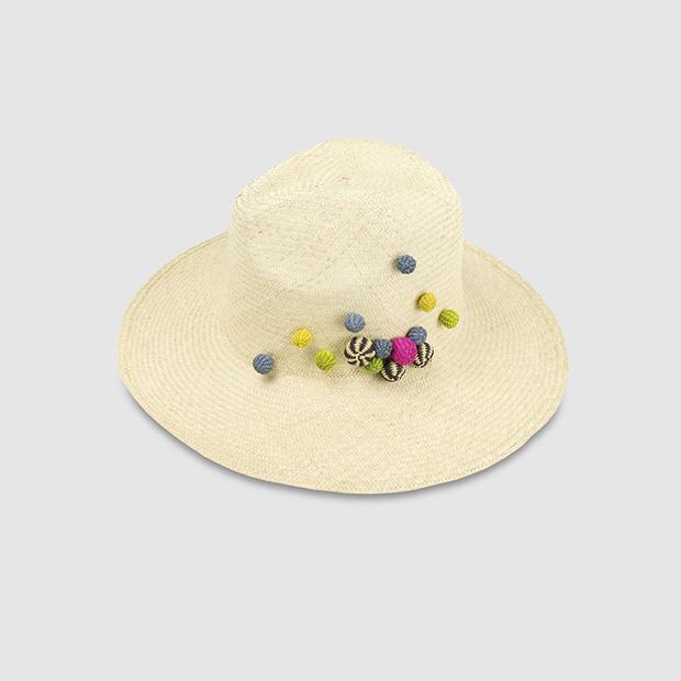 Sombrero borsalino con pompones