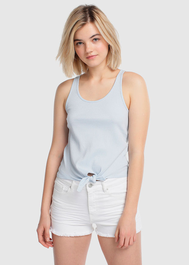 Camiseta sin mangas en azul bebé