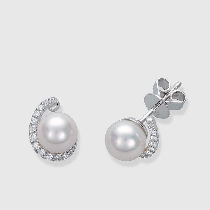 perlas con detalles de diamantes