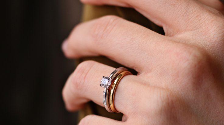 ahorrar zapatos exclusivos amplia selección Cómo elegir el anillo de compromiso perfecto Novias ...