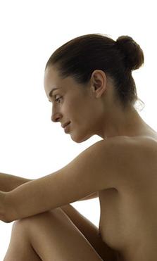 ¿Qué hay que saber antes de hacerse un aumento de mamas?