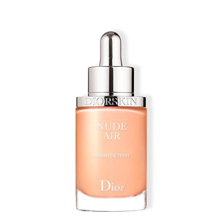 Base ligera para el verano de Dior