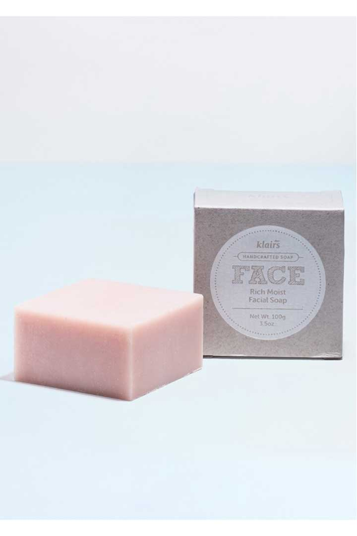 productos 100 veganos Face Rich Moist Facial Soap