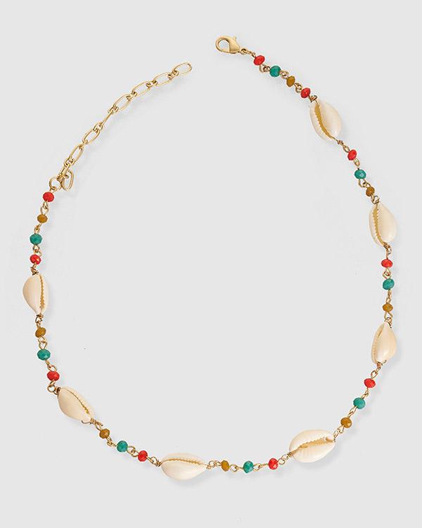 Collar multicolor con conchas