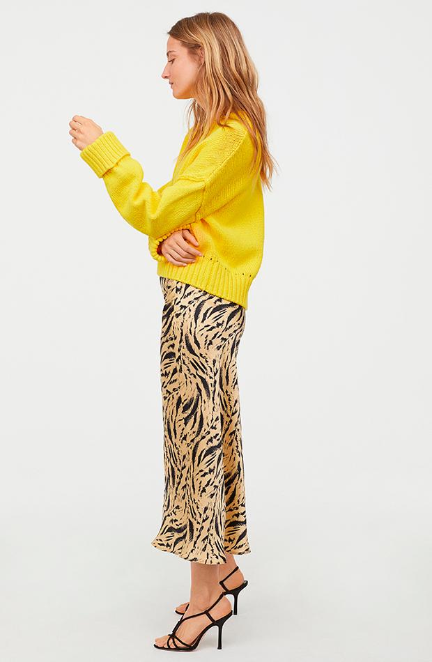 Falda de satén con vuelo de H&M