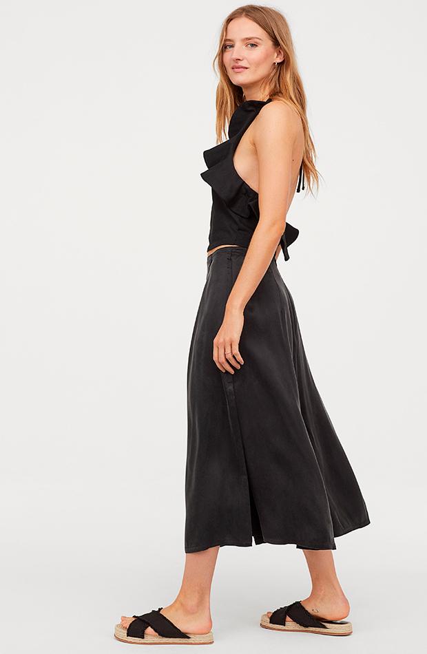 Falda cruzada de satén de H&M
