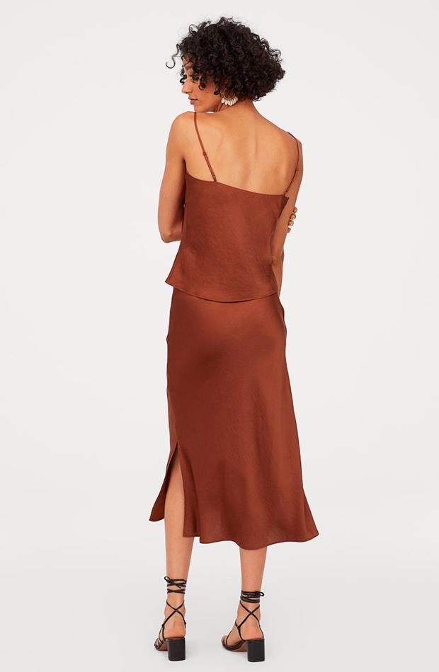 Falda bordada marrón