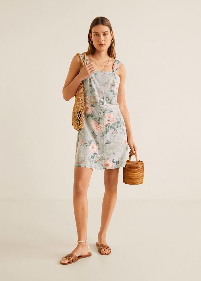 Vestido de flores de las rebajas de Mango