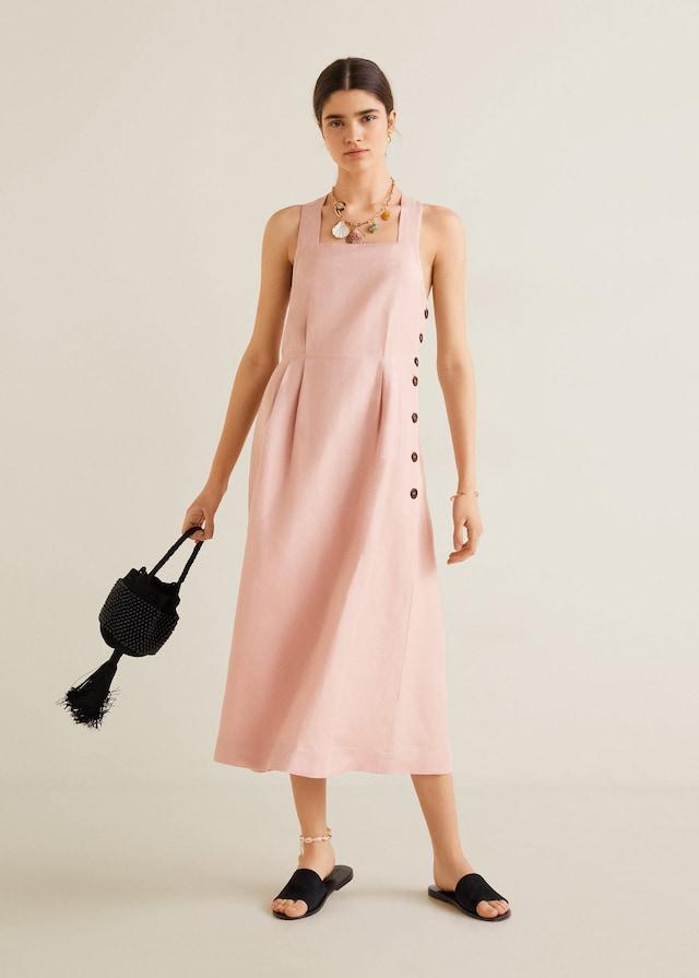 Vestido midi rosa de las rebajas de Mango