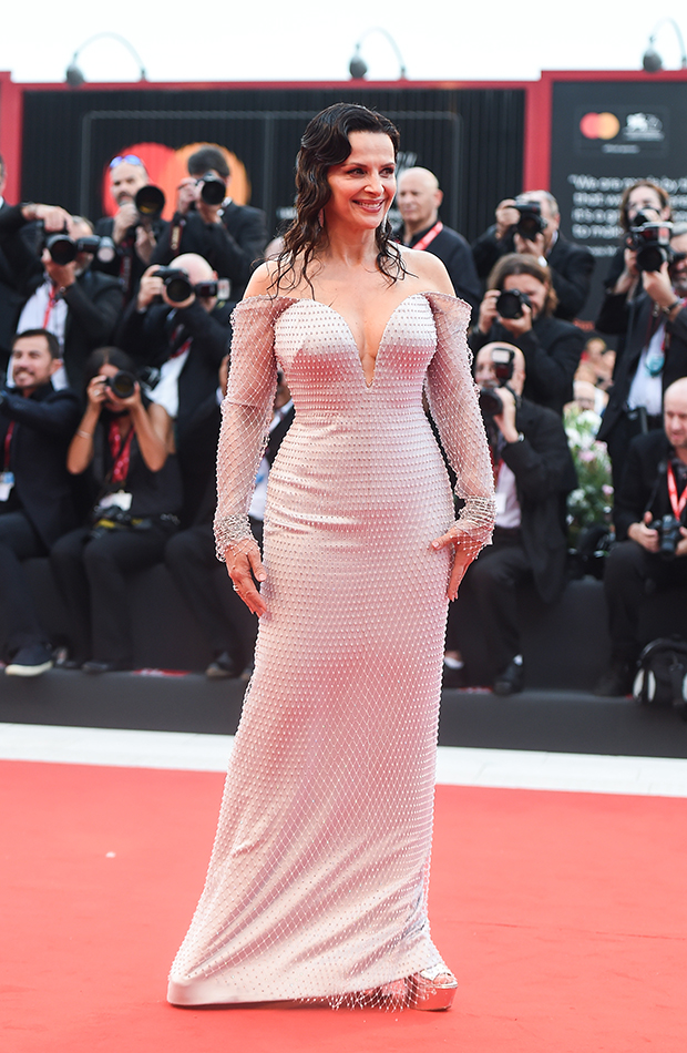 Juliette Binoche red carpet