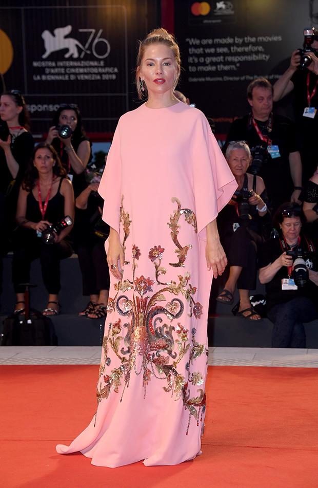 Sienna Miller Festival de Venecia 2019