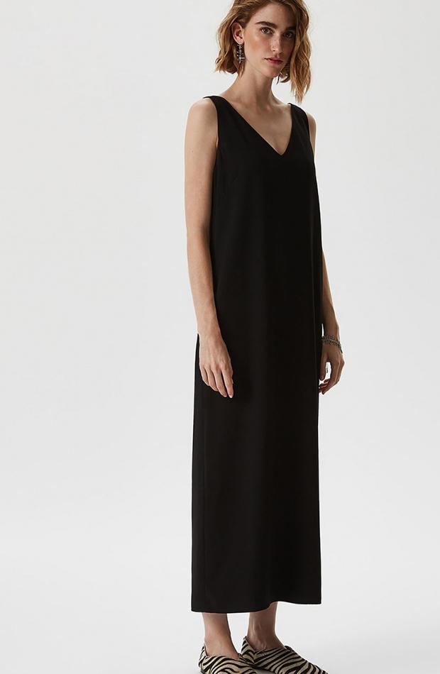 vestido midi negro de adolfo dominguez