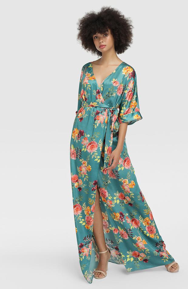 vestido de flores de fórmula joven