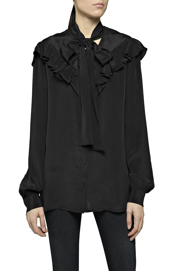 blusa con volantes negra