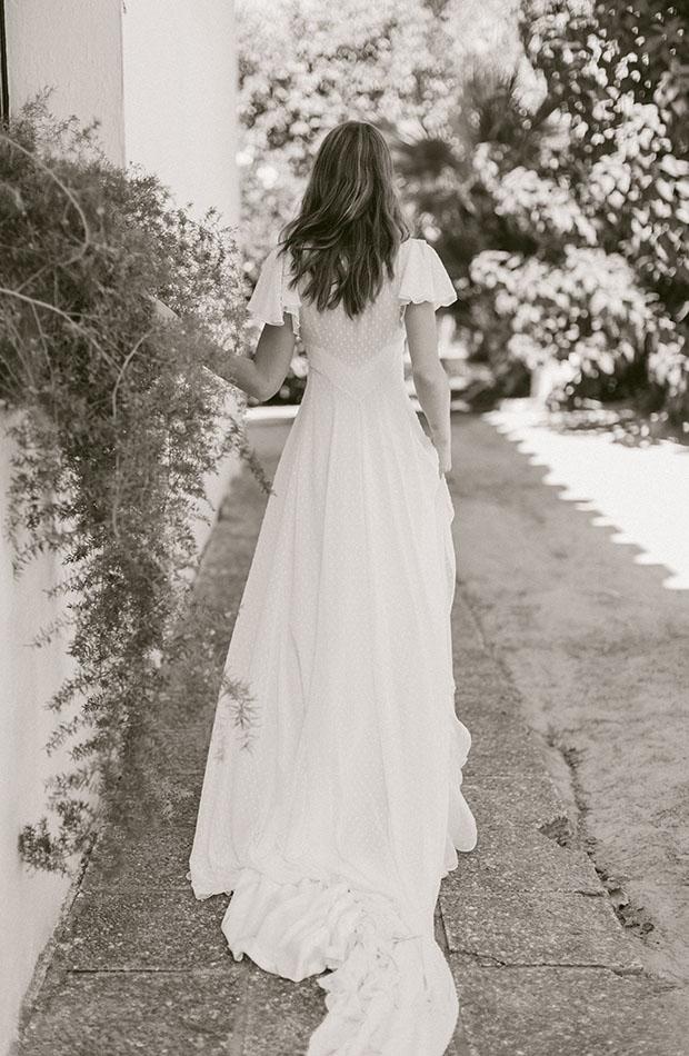 Vestido de plumetti de la Colección de novias Saudade de Cherubina