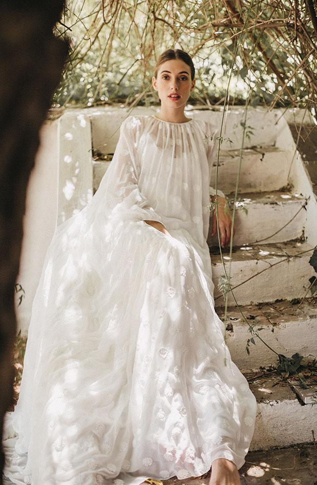 Vestido vaporoso de la Colección de novias Saudade de Cherubina