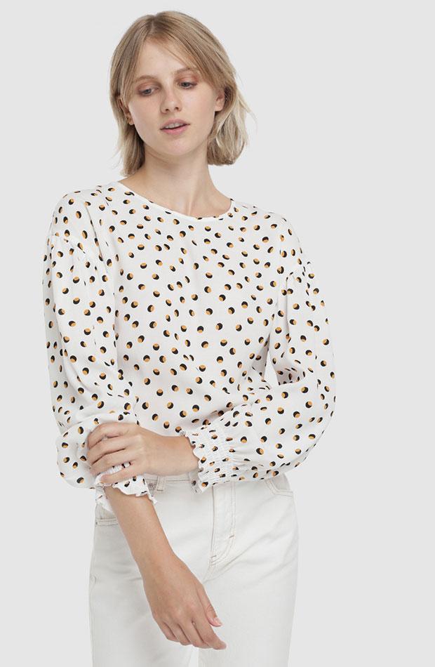blusa con graficos de formula joven