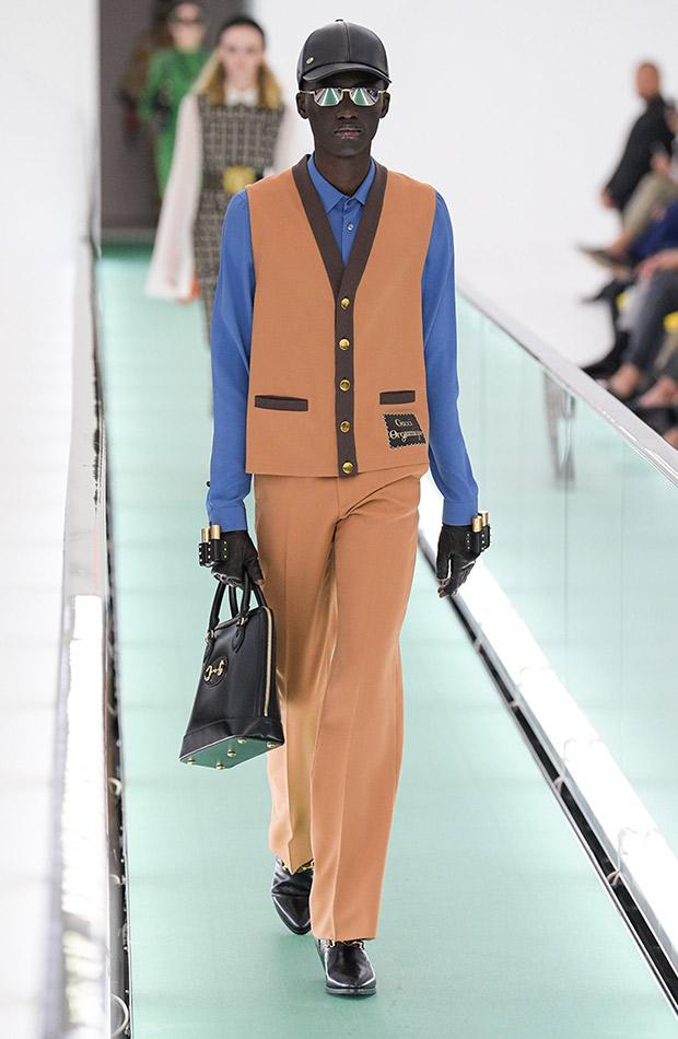 Gucci primavera verano 2020 conjunto hombre y camisa azul
