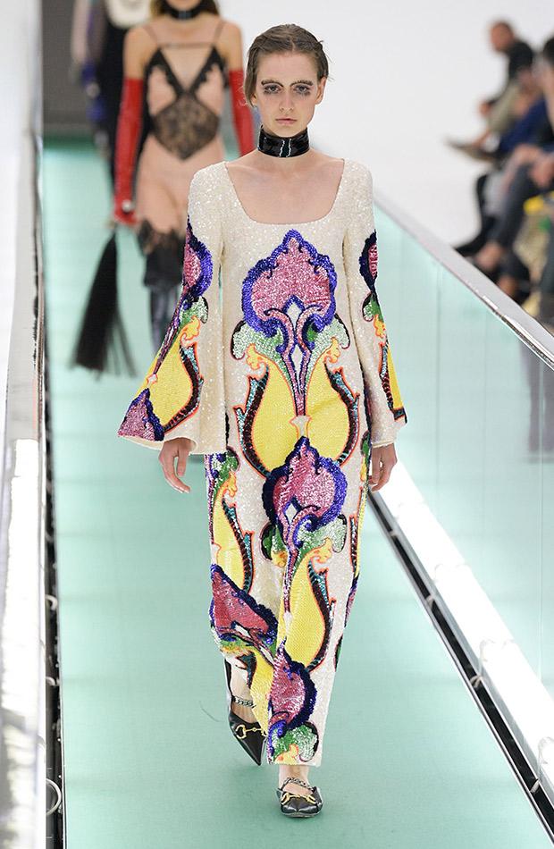 Gucci primavera verano 2020 vestido lentejuelas