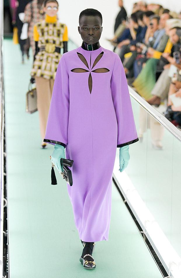 Gucci primavera verano 2020 vestido lila