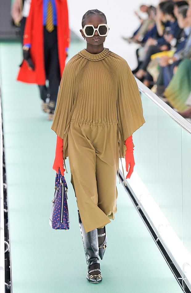 Gucci primavera verano 2020 vestido mostaza