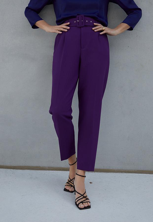 Pantalones morados de Zara