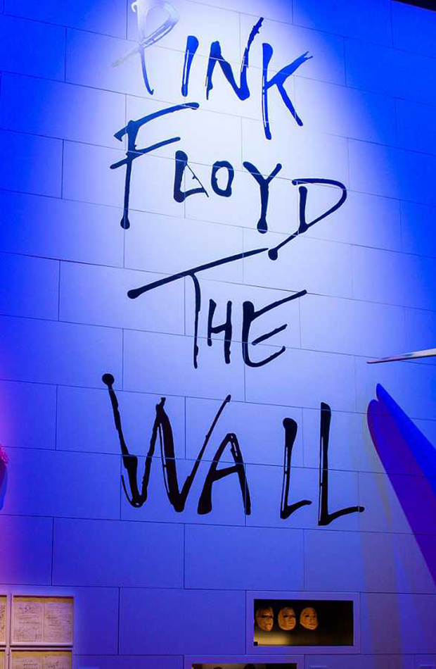 the pink floyd exhibition septiembre 2019